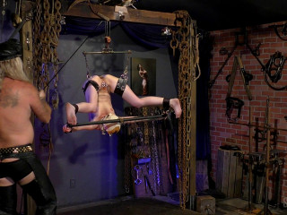 Sensualpain slave A Painful Inversion