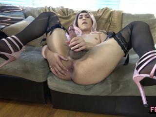 Horny Marlene Cums!