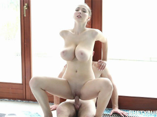 Busty stunner intensively rides on fuckpole
