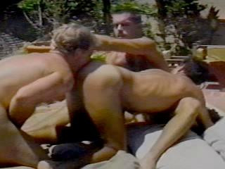Bullet Vol. Ten Super-steamy Sans a condom Latinos (1987) - Cesar Blanco, Denny Gardner, Ike Connors