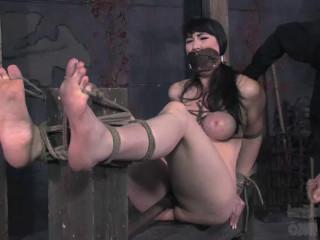 Thirsty Vulva - Natalie Minx