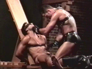Zeus Studios - Muscle Bondage Body Worship (1996)