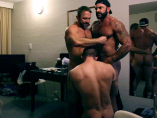 Rogan Richards - Motel muscle Fourway