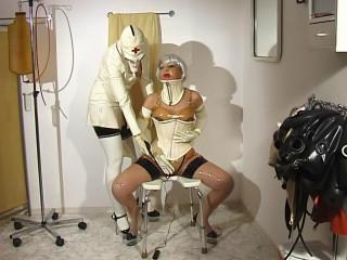 Karezza - Nurses in Latex