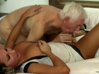 big tit curvy hair tranny fucked old man