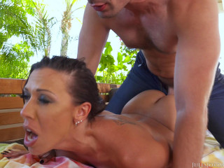 Rachel Starr Flexes Her Pussy Muscles Around a Big Ol' cock