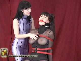 Mina gets to top Natalie