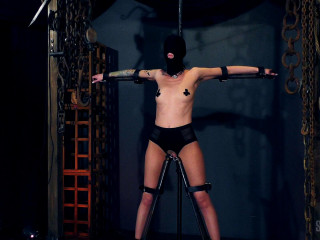 Rubber Rebreather Obscure - Abigail Dupree