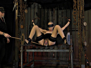 Abigail Dupree - Sex slave Sling and Machine (2019)