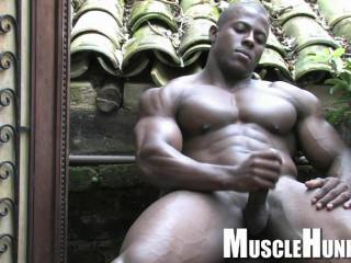 MuscleHunks - Orso Orfeo - Stamina Man