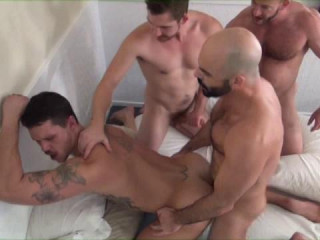 Sexy Householes In Deep Orgy