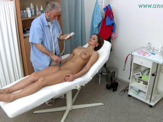 Barbara Bieber (20 years girl gyno exam)