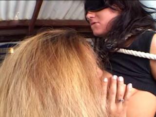 Nacho Vidal's Shag Bang She-Male: Ariana Jollee