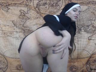 Morticia Fingers and Fucks to Poe - HD 1080p