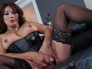 Vaniity In Sexy Black Corset