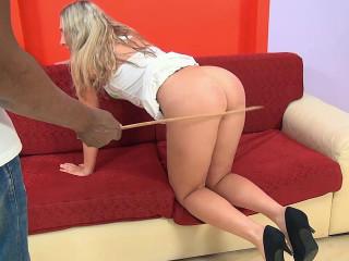 Amateur Isabelle punished