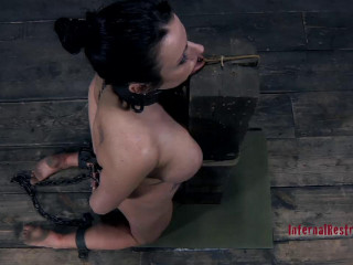 Bratty Fuckslut - Moxxie Maddron