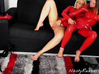 Sensuous Rubber Lesbians, Finger, Mask Dressing, Dildo, Throttling Part 1