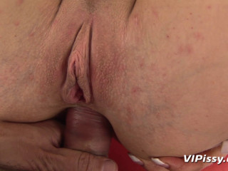 Ally  Anal and Wet!