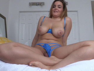 Curvy and Super-sexy 7