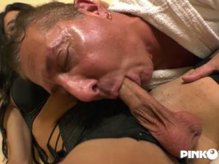 Raffaella Cums In Pierre'S Mouth