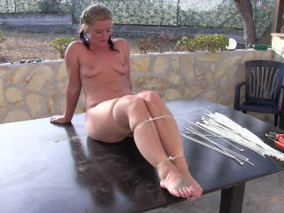Supertightbondage - A new Ziptie Challenge for Fayth on Fire