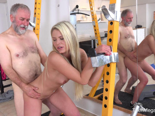 Martina D - Gym brings sex addicts together FullHD 1080p