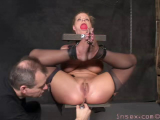 Insex - Model 1016's Live Feed October 29