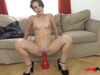 Sasha Zima Ass-fuck Internal cumshot