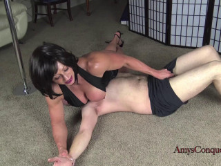 Amy's Conquest - Rapture - Mailman Mauling