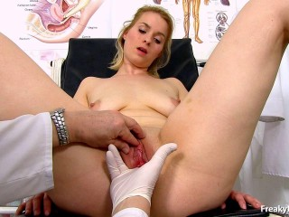 Ebba (23 years girls gyno exam)