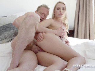 Angelika Grays - Roller Girl Enjoys Anal HD 720p