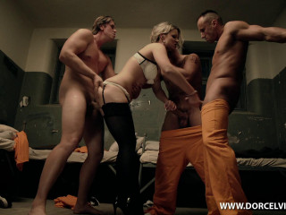 Hot nights in Prison