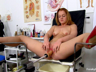 Alex Ginger (18 years dolls gynecology exam)