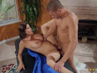 Multitasking Massage