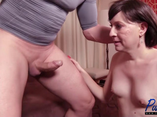 Mature first-timer Irina Wylde leaps into porn (2017)