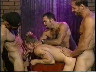 Close Up Men Entertainment - Endless Danny Sommers