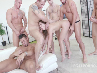 Hardcore 7on1 Gangbang With Double Anal
