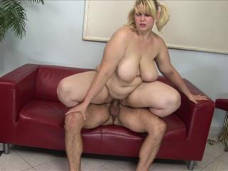 BBW goddess: First porn scene