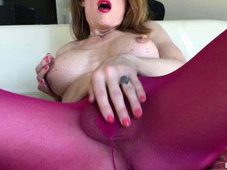 Delia DeLions Transsexual Raspberry Pantyhose No-hands Jism (2017)