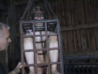 Felonie Encaged - BDSM, Humiliation, Torture