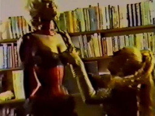 Miss Antoinette - Angel in Restrain bondage