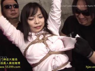 Natsu Asakura - Caught Beauty Udders