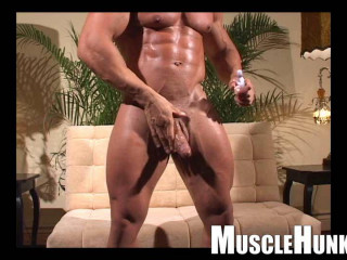 MuscleHunks - Eddie Camacho: The Lost Interview