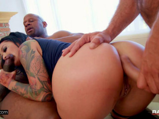 Katrina Jade Is A Badass Slut That Gets Used By Two Cocks