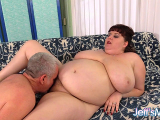 Shanelle Savage - Chubby Noob Drilled