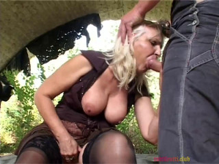 Naughty Granny analised