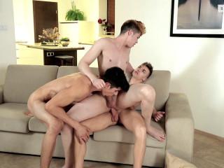 Hot 3some Dimitri, Jake Stark & Jarde (720p)