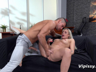 Brittany Bardot Wet Therapy (2019)