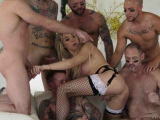 Beauty TS Aubrey Kate Loves Hard Gangbang WIth Many Cocks